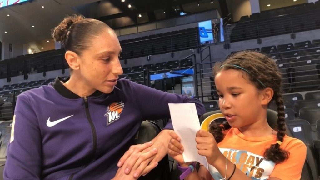Pepper Persley interviewing WNBA Player Diana Taurasi