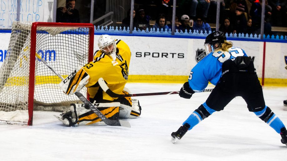 Boston Pride vs Buffalo Beauts in a 2019 NWHL Playoff Game