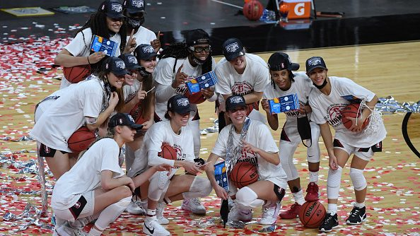 The Stanford Cardinal is one of the top seeds in the 2021 NCAA women's basketball tournament