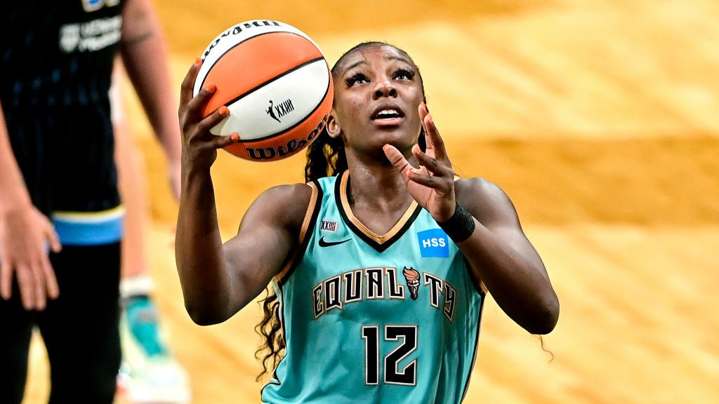 """Michaela Onyenwere of the New York Liberty was named WNBA """"Rookie of the Month"""" every month of the 2021 season"""